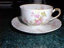 Haviland Limoges tea cup and saucer, Schleiger 29