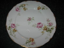 Haviland Limoges Dinner plate, pink, red and yellow roses