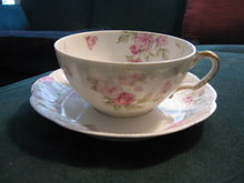 Haviland Limoges Tea cup & Saucer,  Schleiger 39C, Roses