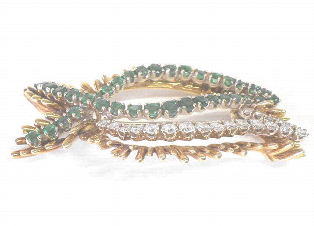 Vintage 18K Gold Emerald & Diamond Leaf Brooch