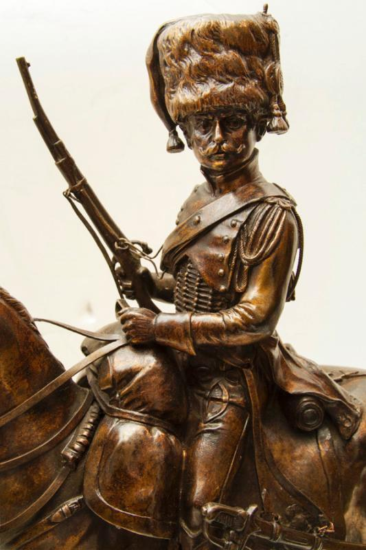 Beaux-Arts Bronze Sculpture of French Chasseur Cavalry Soldier on Horseback
