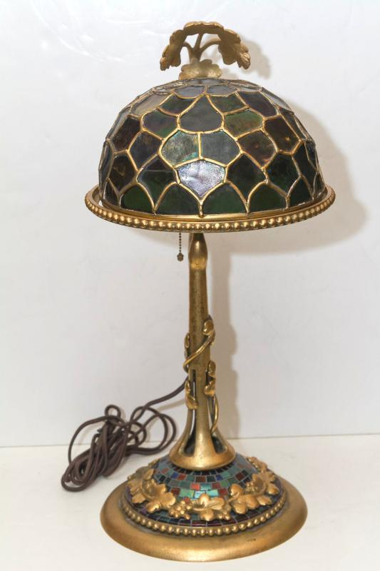 Antique Tiffany Studios Glass Shade & Bronze Table Lamp