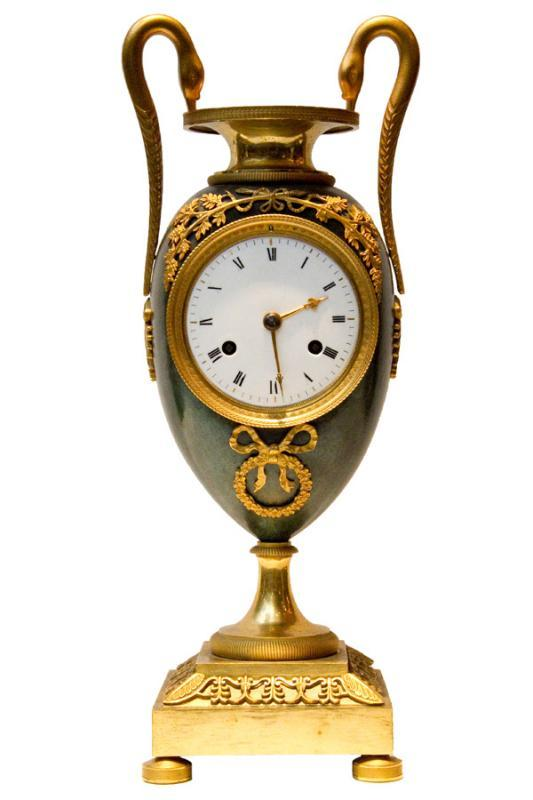 Antique French Empire Period Ormolu Bronze Striking Mantel Clock