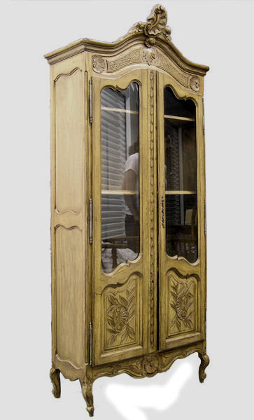 French Provincial Glazed 2-Door Oak Bookcase