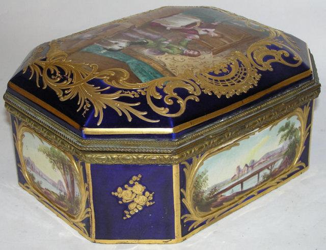 Antique ROBERT Sevres Porcelain Dresser Box