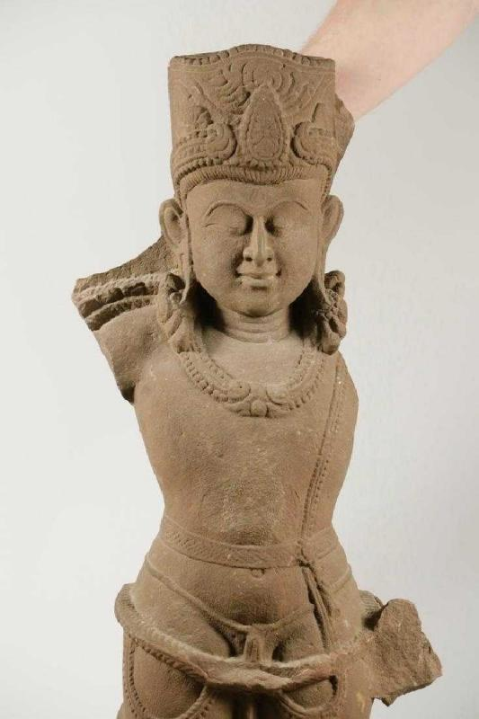 Bodhisattva Statue Avalokiteśvara Lokesvara Buddhist Stone Deity Sculpture