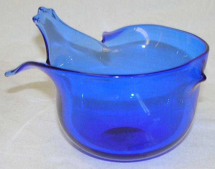 Gunnar Cyren (1931-2013) Mid-Century Modern Glass Bird Cup for Orrefors