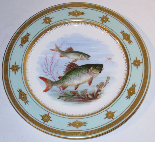 Set 12 Minton Painted Fish Dinner / Cabinet Plates