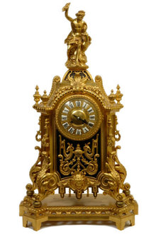 Antique Neoclassical French Louis XIV Style Bronze Mantle Clock