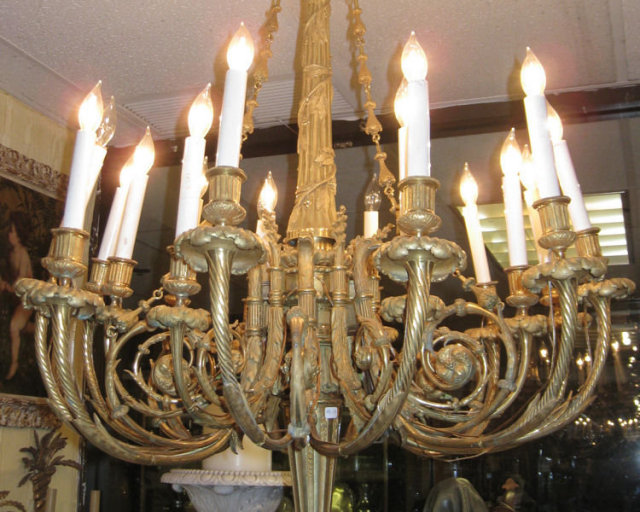 Louis XVI Style 18-Light Ormolu Bronze Chandelier After Pierre Gouthière