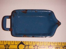 ENAMELWARE TOY ROASTING PAN W/SPOUT