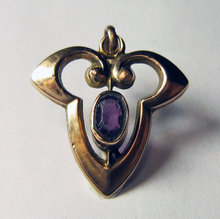 Art Nouveau 9k Yellow Gold and Amethyst Pendant 1890
