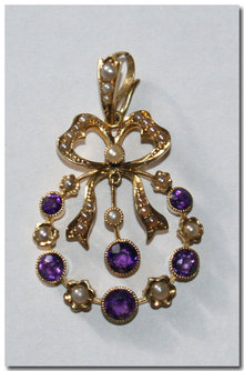 Antique 15ct Gold Amethyst & Seed Pearl Pendant. 1905