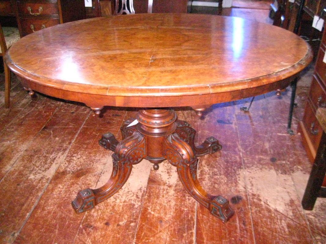 English Oval Breakfast Table
