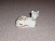 Aynsley  Bone China Cat Box