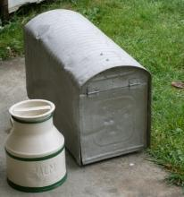 Circa 1930 Galvanized STEEL MAILBOX ( Large ) & Advertising PALM Dairy Minature Cream Can