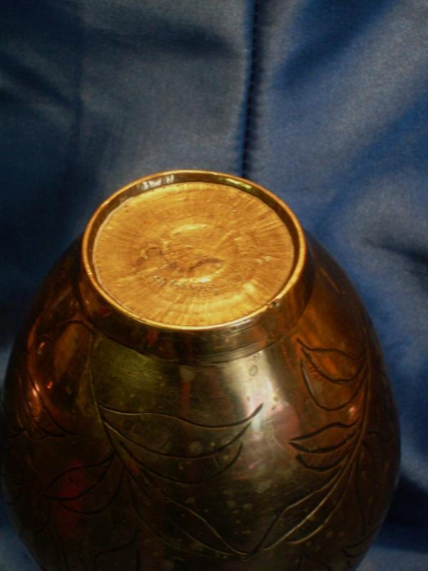 1900 Chinese SOLID Brass / Bronze VASE _ 8 Inch High_ HEAVY CAST Brass / Bronze