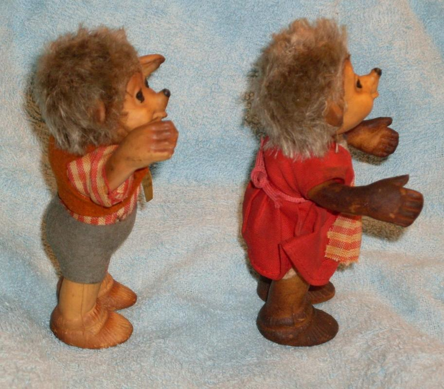 vintage STEIFF Hedgehogs Macki + Mucki  with Tags  4 1/2 INCH High