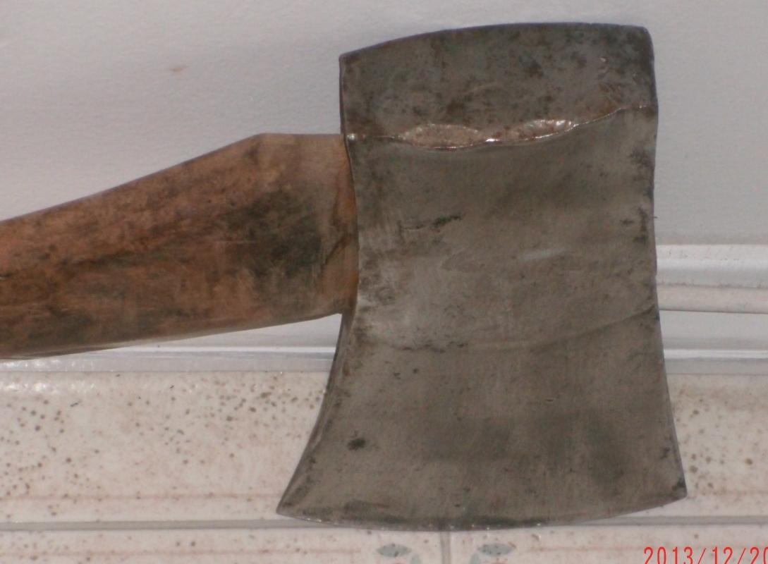 c 1889 H. WALTERS & SONS HULL, PQ ( Sheffield Toolmaker) Canadian Wedge SINGLE EDGE BLADE AXE