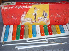 Beautiful Collectible  Metal Toy ~~ from Old Japan Maker~~   CONCERT XYLOPHONE 20.5 INCHES LONG on Folding Stand With ORIGINAL BOX