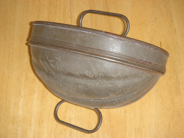 Early Tinware Jelly MOLD in Beautiful