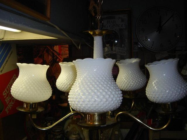 Collectible RETRO NOBNAIL Milk Glass Electric 5 Globe CEILING  LIGHT FIXTURE