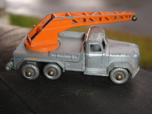 Collectibles Toys DIE-CAST LESNEY #30 Crane Truck  With Rare Grey Wheels~ as found