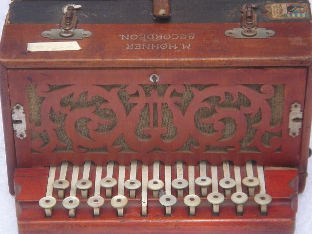 Antique from ESTATE  HOHNER BUTTON ACCORDION ACCORDEON Rare Find . Works. With Round Shell Buttons. Very Early German Model.