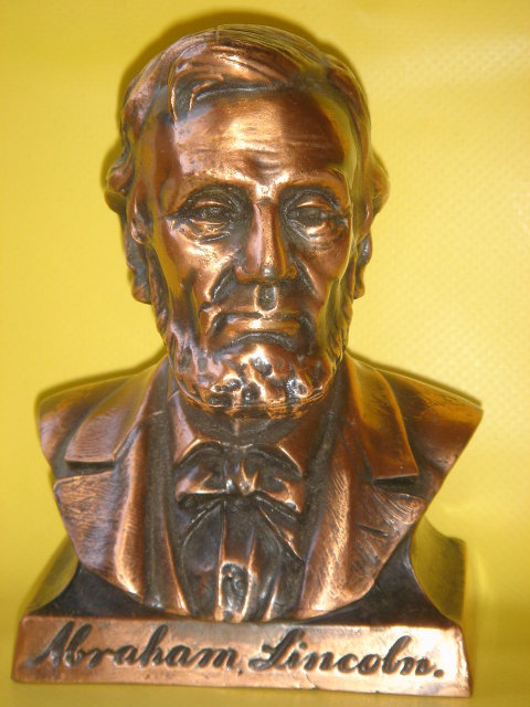 Collectible COIN BANK ~ Abraham Lincoln Coin Bank ~ Metal ~ Copper / Bronzed Finish~ Lincoln First Federal Savings & Loan Assn  Spokane -Ephrata- Seattle