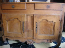 18th c French walnut commode