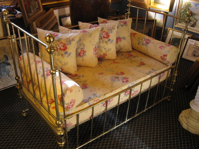 1900 American Brass Daybed and Crib Conversion
