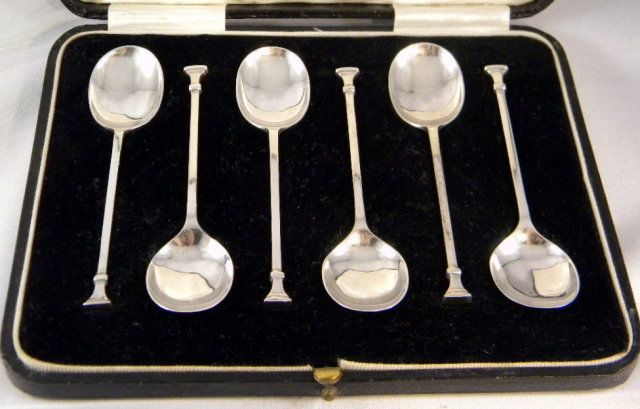 Boxed Set 6 Art Deco Sterling Silver Coffee Spoons