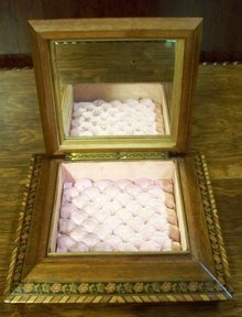Antique English Jewel Box, Original Silk Tufted Interior, Mirror, 1880
