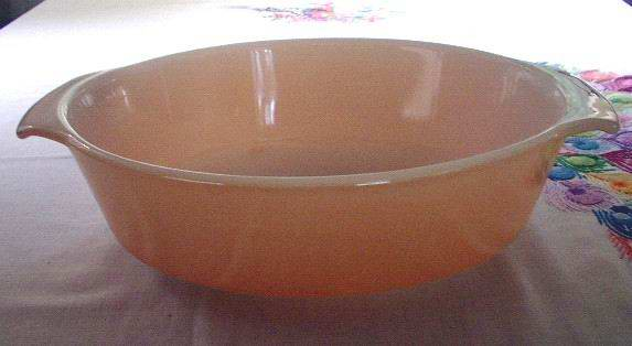 Anchor Hocking Fire King Peach Luster 1.5 Quart #422