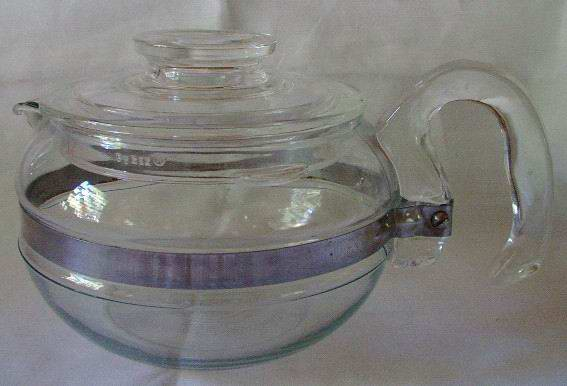 Pyrex Blue Flame Tea Pot 6 Cup #8446B