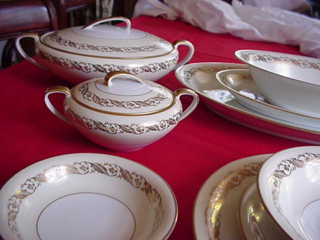 Noritake China 84 Pieces Made in 1933