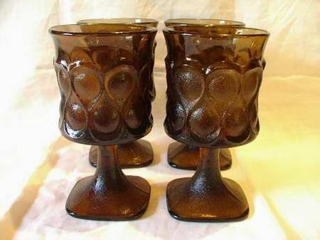 Noritake Spotlight Pattern in Walnut Brown