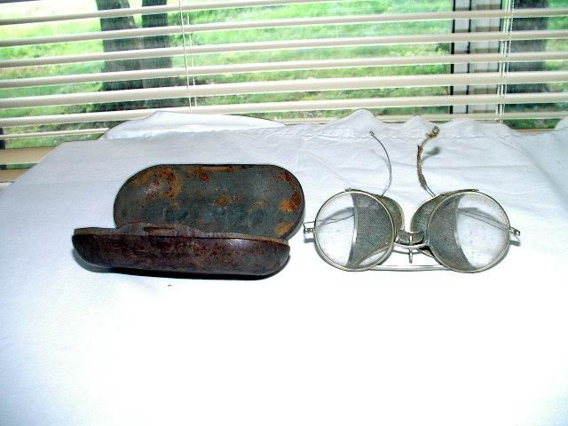 Driving Goggles with Case