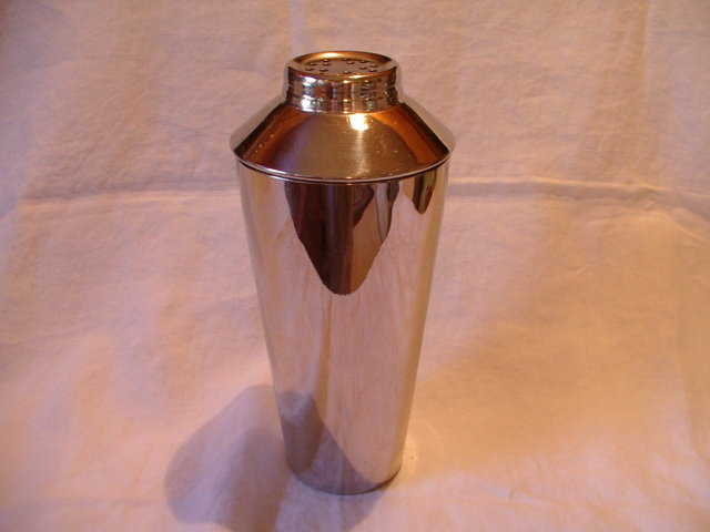 Vintage Cocktail Shaker by Irwinware U.S.A.