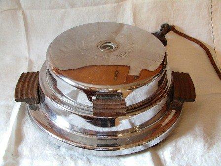 Dominion Electric Waffle Iron