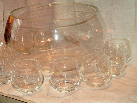 Libbey Punch Set Etched Leaves Design