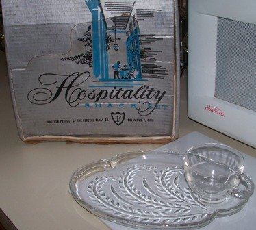 Federal Hospitality Set Homestead Pattern