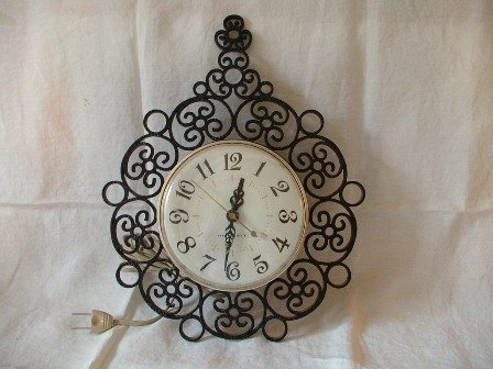 Vintage Kitchen Clock by General Electric