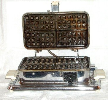 Manning Bowman Waffle Iron Griddle and Broiler