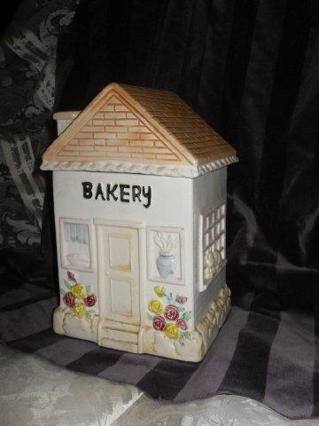 Bakery House Cookie Jar