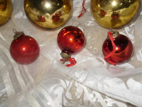 Vintage Glass Christmas Bulb Decorations (3)