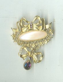 Vintage Avon Bow Pin / Brooch