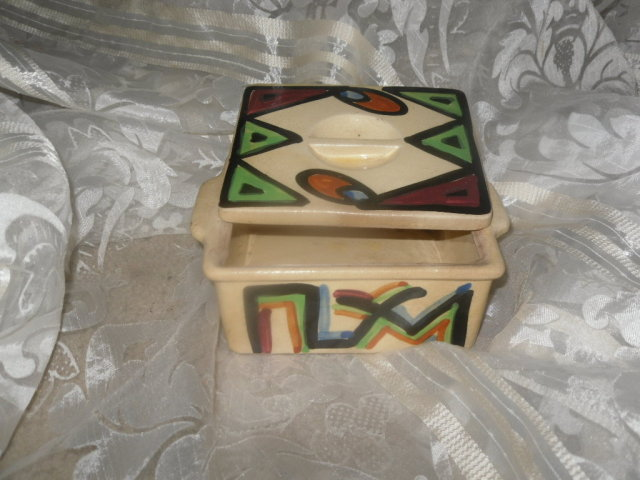 Vintage Abstract Design Pottery Box