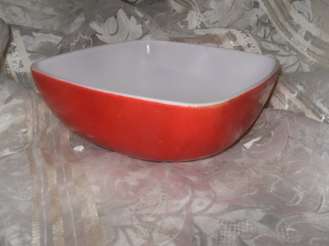 Vintage Red Pyrex Serving Bowl