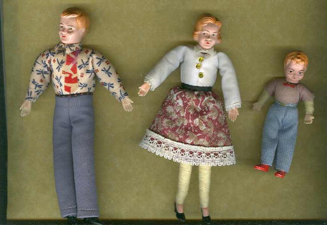 1940's Doll Family